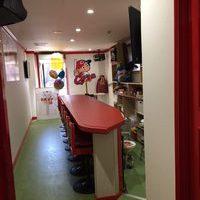 真っ赤っか・・・広島カープ熱血応援店  HC ハイカラ openのサムネイル